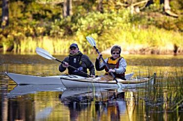 canoe kayak paddling lake sweden