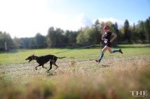 Linda med Edda (Scandinavian hound)     Foto: The Pink Pack