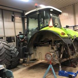 Renovering av Claas traktor 3