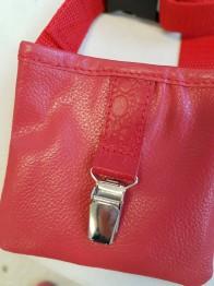 Godisficka Med Magnet Och Nummerlappshållare - Röd