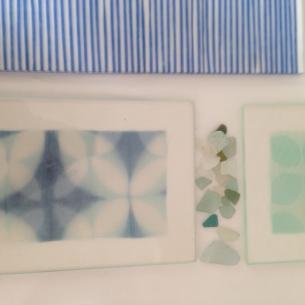 Från ateljén, glas och siden