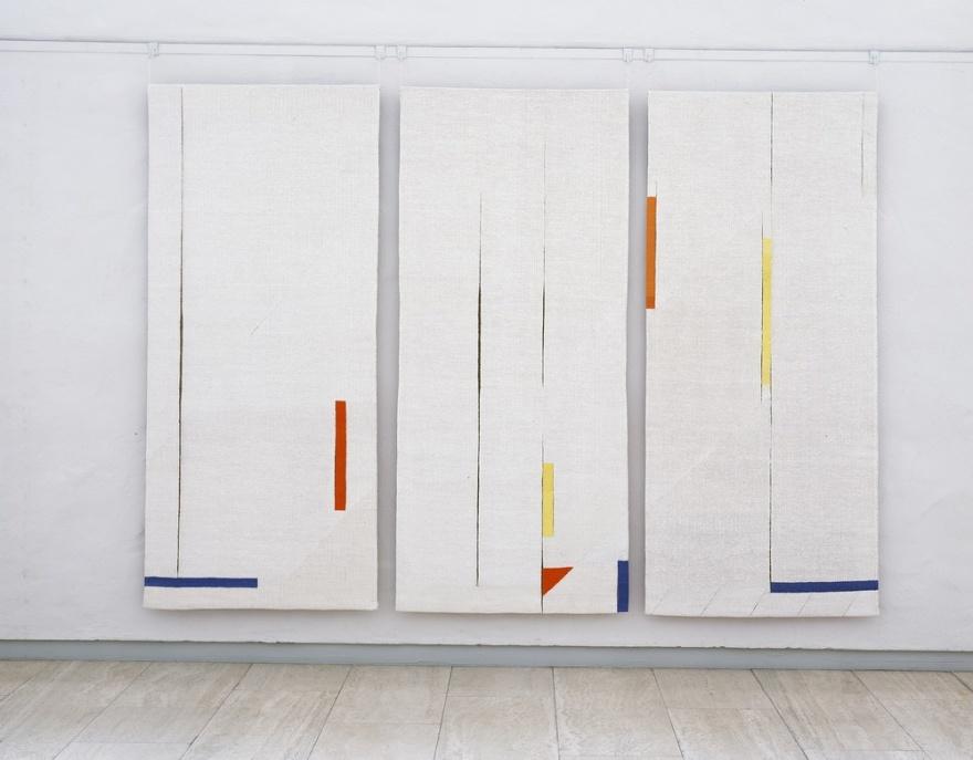 YTSPEL, triptyk (290 x 240 cm). Foto: Thomas Harrysson AB