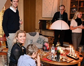Familjen samlad för Lille julafton