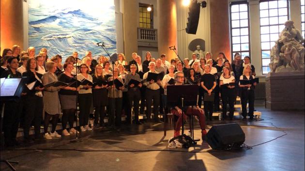 Stockholms Popupkör och Louise Hoffsten i Eric Ericsonhallen 2018