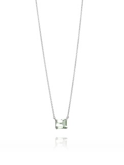 A GREEN DREAM NECKLACE