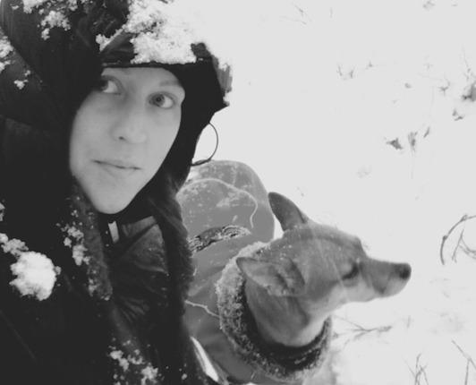 Emmelie Heljeved, hundtränare och Spike Heljeved, assistent