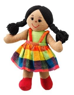 Mjuk docka, ljusbrun flicka med svart hår, fairtrade -