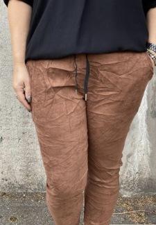 Maja, byxa med stretch mockaimitation, brun - one size
