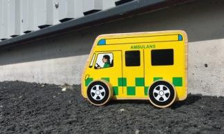 Ambulans i trä -
