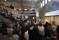 Syntolkning: Stor publik framför seminarium. Foto: José Figueroa