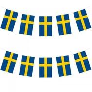 Flaggirlang Sverige mäter totalt 6 meter och flaggorna är ca 30x20 cm