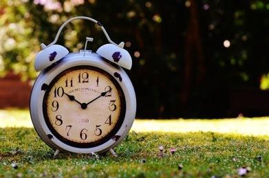 En klocka som symboliserar studenttider