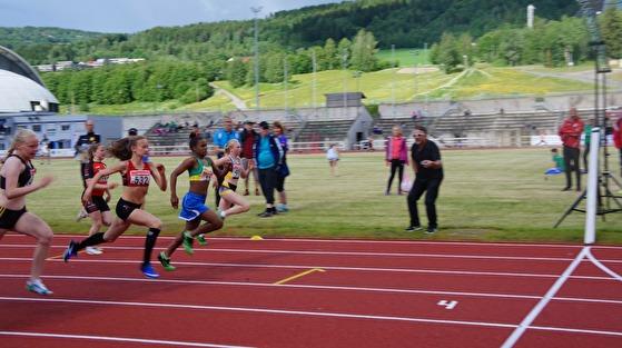 15 elever fra skolen Casa da Noruega på besøk i Lillehammer 2017