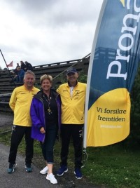 Pronans alltid på plass. Torbjørg Feuth med Snorre (V) og Tom (H)