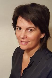 Lovisa Mellgren är VD på ProDigma AB och jobbar med strategiutveckling, ledarutveckling, coaching och yoga.