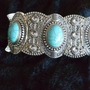 Armband med Turkoser