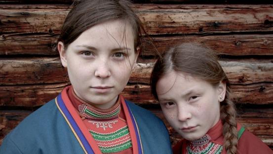 Lene Cecilia Sparrok och Mia Sparrok. foto: Nordisk Film