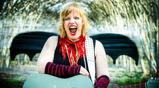 Tina Wilhelmsson gästar Karins Magasin 7 mars. Klicka på bilden så får du ett smakprov.  (foto: Sofia Kits)