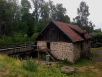 Rasmus kvarn i Röttle by, söder om Gränna. Här mals det fortfarande mjöl om somrarna