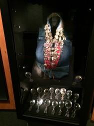 Samisk silverkrage, skedar och skopor. Silvermuseet