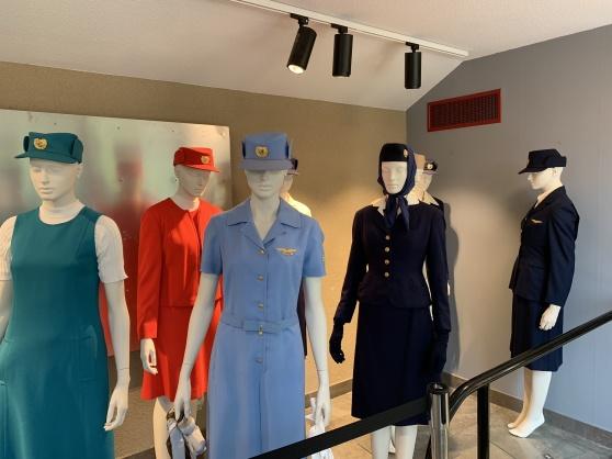 SAS-uniformer 1946-1999.