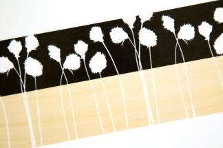 Brickor & Underlägg Nordvild Runda, tre olika mönster - Bricka Nordvild 46x46 cm. Polarull - svart