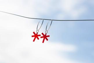 Ledkryss Creolörhängen - Örhänge Ledkryss Röd Transparent