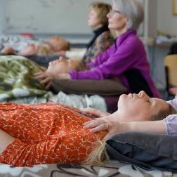 KranioSakral terapi under utbildning hos Bröderna Tranbergs Institut
