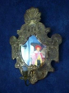 Lampett, barockmodell  plattgraverad och förgylld i polerat guld
