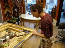 Förgyllning - patinering av nytillverkad renässansram