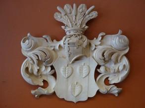 Vapensköld - Träskuren heraldisk sköld