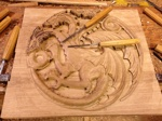 Carving House Targaryens sigil