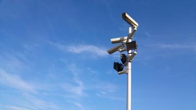 Vi ger dig en komplett funktionstjänst för att övervaka och analysera din server.