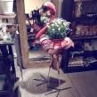 Florence the flamingo, dryckeskyl gjord på återvunna oljetunnor - Florence the flamingo