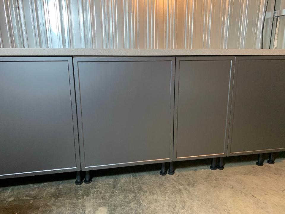 Renovering av ett Faktum-kök. Design W24 i Steel Grey