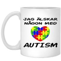 Jag älskar någon med autism mugg