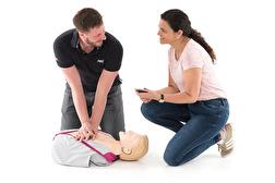 HLR-utbildning – lära dig grundläggande hjärt- och lungräddning på bara 2 timmar!