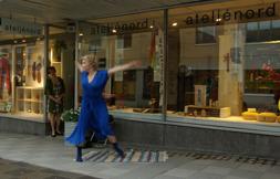 Fanny Kivimäki inviger vår första Midnattssolsutställning 2012