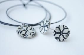 Snöflinga - Set örhängen och hängsmycke, vit
