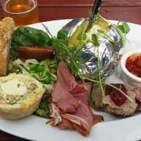 Lunch i Café fårhagen