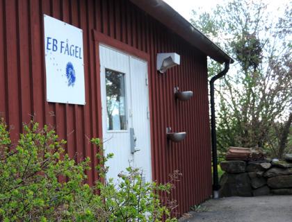 Gårdsbutik med kalkon & gås mellan Varberg & Falkenberg i Halland. EB Fågel kalkonfarm & gårdsbutik med gårdsförsäljning av kalkon & gås. Hel kalkon, styckdelar kalkon, kalkonklubbor…