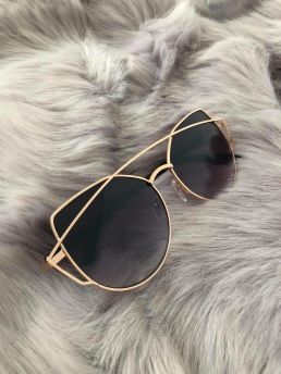 CAT EYE SHADES - BLACK/GOLD