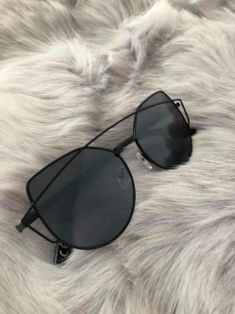 CAT EYE SHADES - BLACK