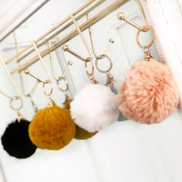 FAUX FUR KEYCHAIN GOLD