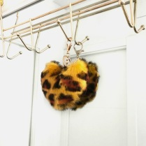 FAUX FUR KEYCHAIN LEO YELLOW