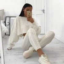 KNITTED SET CREAM WHITE