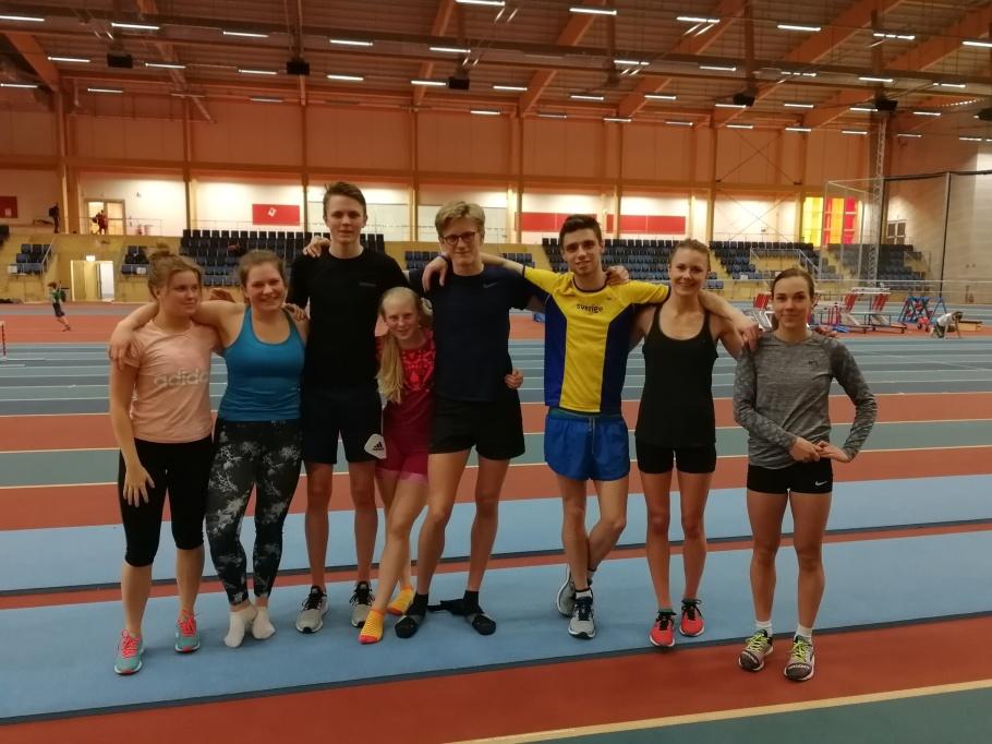 Bild från en träning förra veckan i IFU Arena  med Hedda, Johanna, Ludvig, Linnéa, Axel, Daniel, Carolina och Isabell