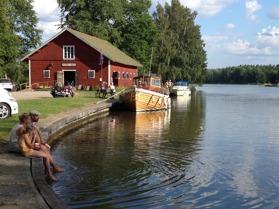 Längs Göta kanal i Hajstorp