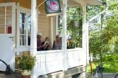 Kling glass vid Hajstorp slusscafe