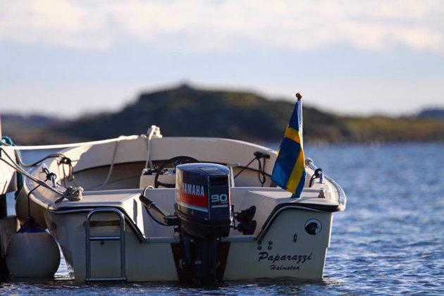 Paparazzi förtöjd vid ko bryggan Kappelhamn Hallands Väderö!!